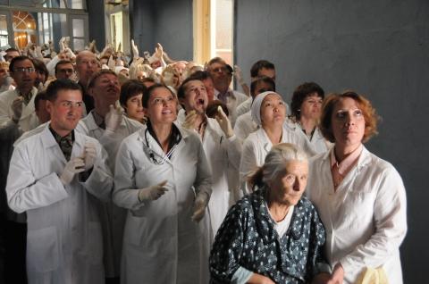 кадры из фильма Доктор