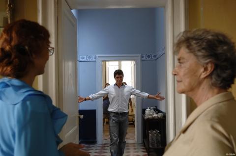 кадры из фильма Холостые выстрелы Риккардо Скамарчо, Илариа Оккини,