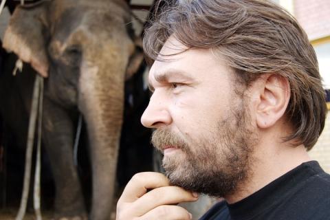 со съемок Слон