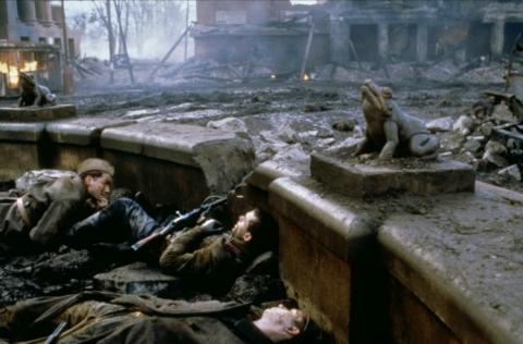 кадр №141567 из фильма Враг у ворот