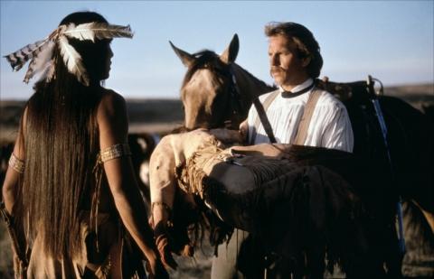 кадры из фильма Танцующий с волками Кевин Костнер,
