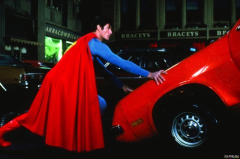 кадр №147354 из фильма Супермен IV: В поисках мира
