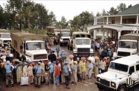 кадр №149824 из фильма Отель «Руанда»