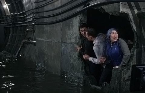 кадр №152393 из фильма Метро