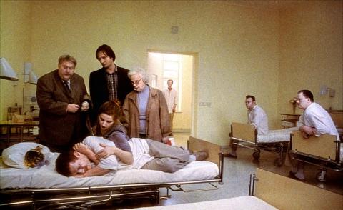 кадр №152827 из фильма Песни со второго этажа