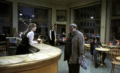 кадр №152828 из фильма Песни со второго этажа