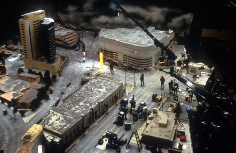 кадр №153130 из фильма Вулкан