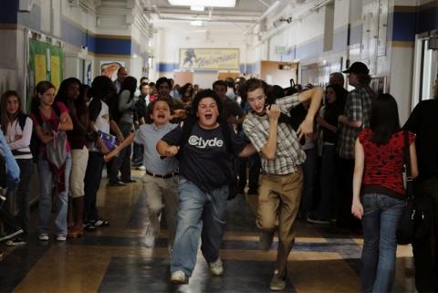 кадр №15573 из фильма Школа выживания