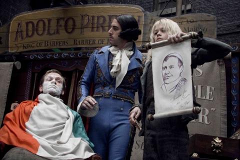кадры из фильма Суини Тодд, демон-парикмахер с Флит-стрит