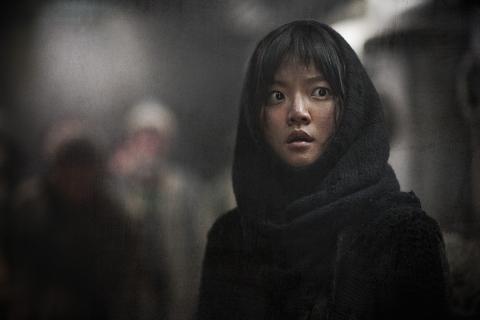 кадр №156490 из фильма Сквозь снег