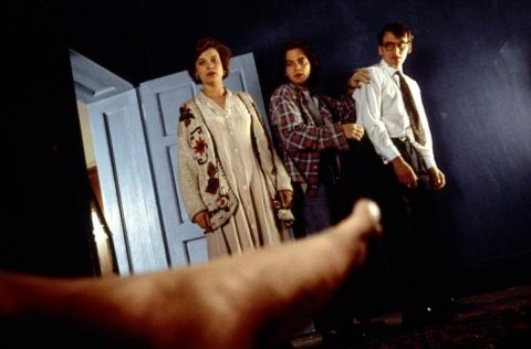 кадр №156853 из фильма Неглубокая могила