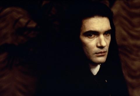 кадры из фильма Интервью с вампиром: Вампирские хроники Антонио Бандерас,