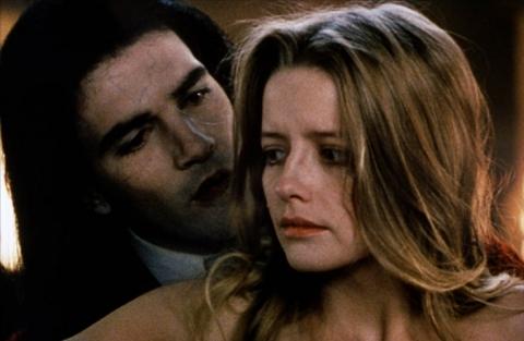 кадры из фильма Интервью с вампиром: Вампирские хроники Лаур Марсак, Антонио Бандерас,