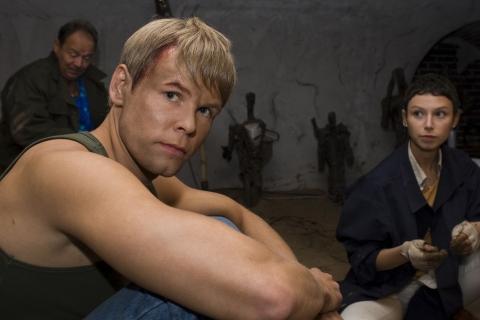 кадры из фильма После жизни