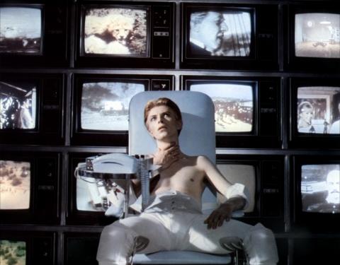 кадр №167927 из фильма Человек, который упал на Землю