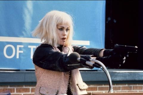 кадр №170096 из фильма Безумный Сесил Б.