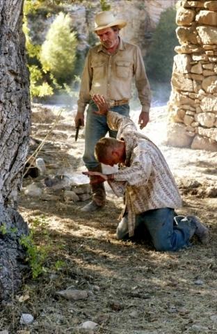кадр №173537 из фильма Три могилы