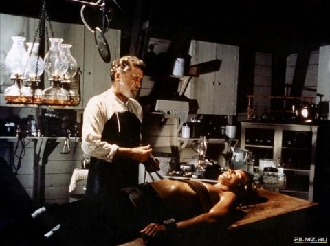 кадр №173600 из фильма Остров доктора Моро