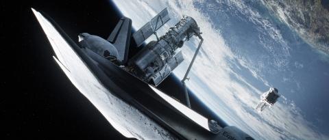 кадры из фильма Гравитация