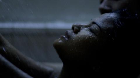 кадр №174784 из фильма Огни Манилы*