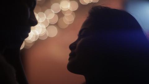 кадр №174788 из фильма Огни Манилы*