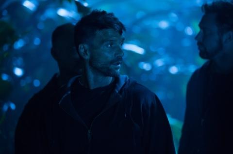 кадры из фильма Последний рубеж