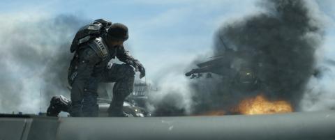 кадры из фильма Первый Мститель: Другая война Энтони Маки,