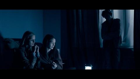 кадр №183353 из фильма Владение 18
