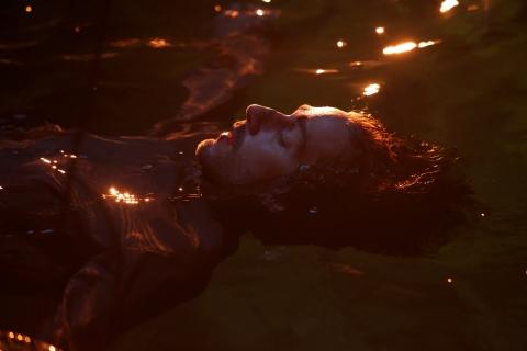 кадр №183534 из фильма Опасная иллюзия