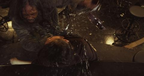 кадр №184402 из фильма Рейд 2