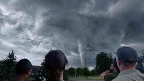 кадр №189282 из фильма Навстречу шторму