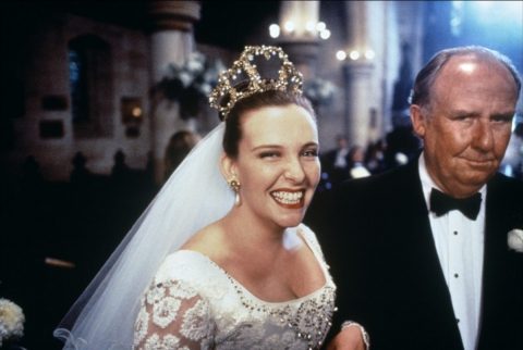 кадр №192338 из фильма Свадьба Мюриэл