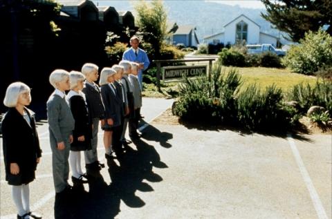 кадр №192538 из фильма Деревня проклятых
