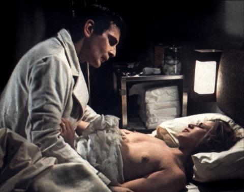 кадр №192763 из фильма Бешеная