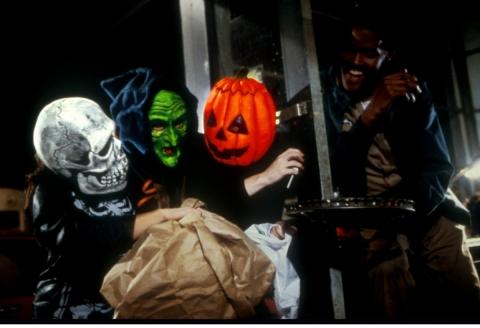 кадр №194708 из фильма Хэллоуин 3: Сезон ведьм*
