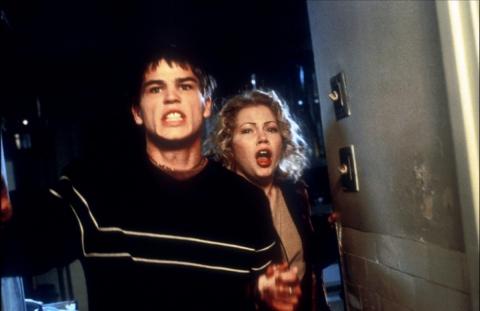 кадры из фильма Хэллоуин: Двадцать лет спустя Мишель Уилльямс, Джош Хартнетт,
