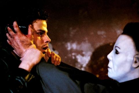 кадр №194799 из фильма Хэллоуин: Воскрешение