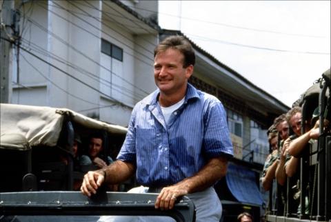 кадр №195235 из фильма Доброе утро, Вьетнам