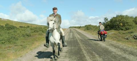 кадр №197085 из фильма О лошадях и людях