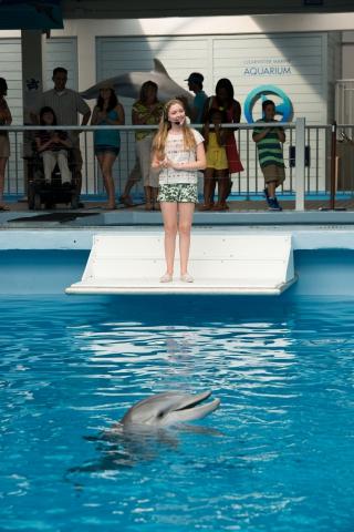 кадры из фильма История дельфина 2 Кози Цуельсдорфф,