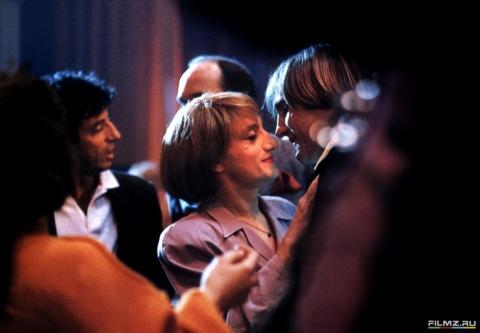 кадр №199362 из фильма Вечернее платье