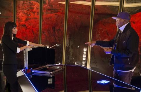 кадры из фильма Kingsman: Секретная служба София Баутелла, Сэмюэль Л. Джексон,