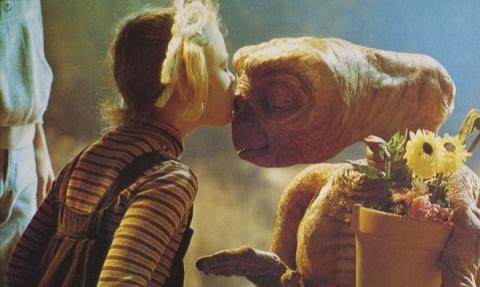 кадр №20452 из фильма Инопланетянин