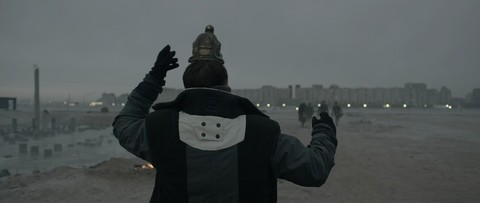 кадр №206025 из фильма Под электрическими облаками