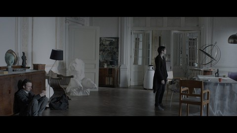 кадр №206032 из фильма Под электрическими облаками
