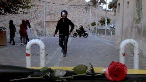 кадр №206036 из фильма Такси