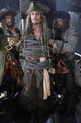 кадр №209663 из фильма Пираты Карибского моря: Мертвецы не рассказывают сказки