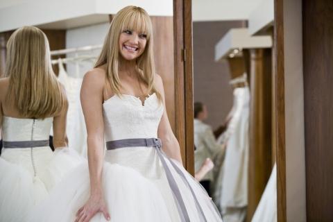 кадры из фильма Война невест Кейт Хадсон,