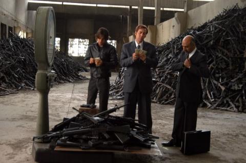 кадр №2109 из фильма Оружейный барон