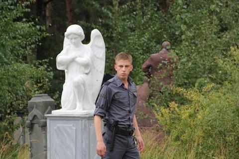кадр №211623 из фильма Парень с нашего кладбища
